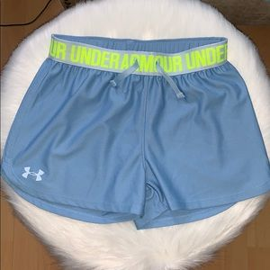 Under Armour Bottoms - Girls Under Armour Play Up Shorts Youth Medium